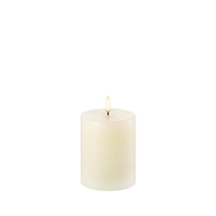 UYUNI Lighting LED Kerze PILLAR 7,8 x 10 cm ivory - Pic 1